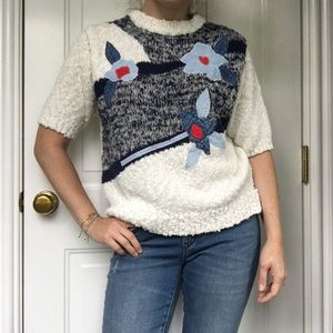 🍿 VNTG short sleeve sweater w/ chambray flowers